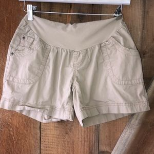 Motherhood Maternity beige khaki shorts size small